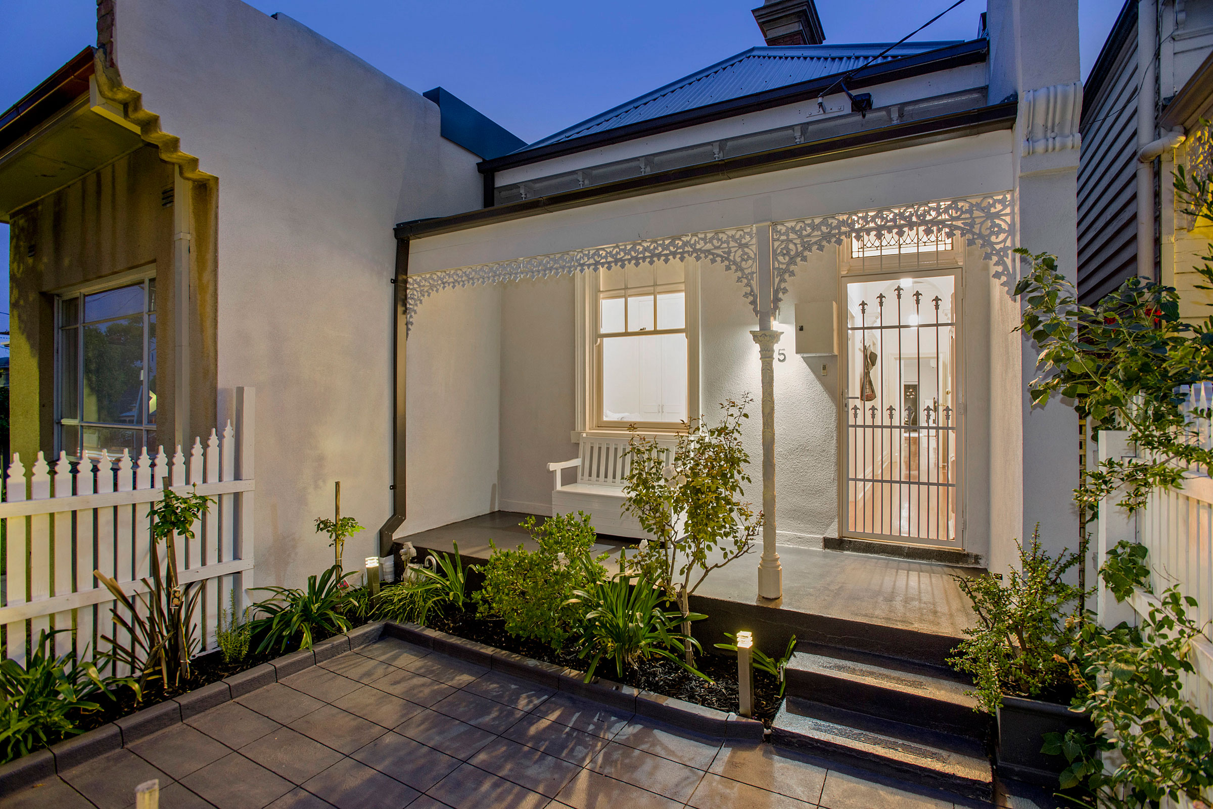 Renovated single fronted terrace in ascot vale marvelle for Terrace of the house